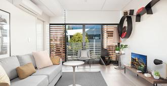 New And Stylish Newtown Pad H391 - Sydney - Stue