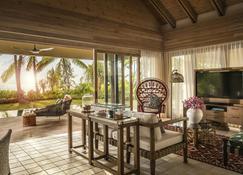 Four Seasons Resort Seychelles at Desroches Island - Desroches Island - Bedroom
