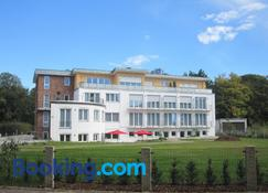 Hotel Vier Jahreszeiten an den Thermen - Bad Krozingen - Bygning
