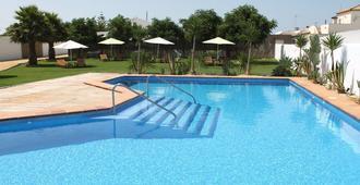Alojamiento Rural 'El Charco del Sultan' - Conil de la Frontera - Pool