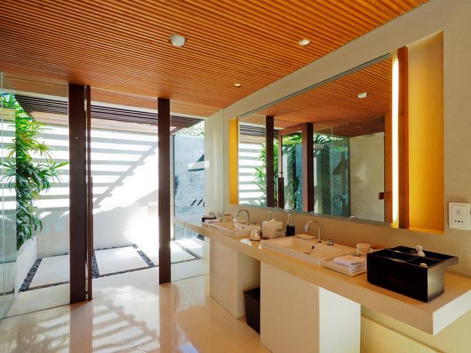 The Bale - South Kuta - Phòng tắm