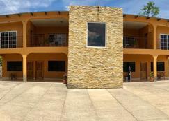 Hotel Villa Verde - Gracias - Bygning