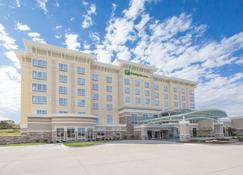 Holiday Inn Hotel & Suites Davenport - Davenport - Rakennus