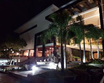 Melsol Hotel - Vigan City - Edificio