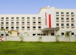 Ginger Hotel Jamshedpur - Jamshedpur - Building