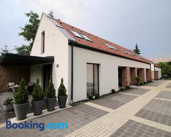 A Ház - Miskolc - Building