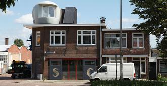 Lucy Glxy - Deventer - Building