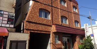 Business Hotel Miyama - Wakayama