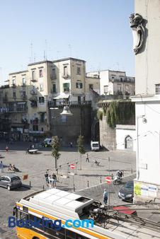 B&B Donna Adelina - Naples - Outdoor view
