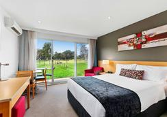 Quality Inn & Suites Traralgon - Traralgon - Bedroom