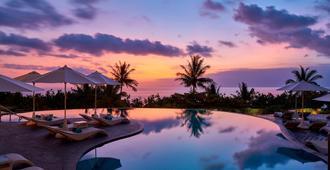 Sheraton Bali Kuta Resort - קוטה - בריכה