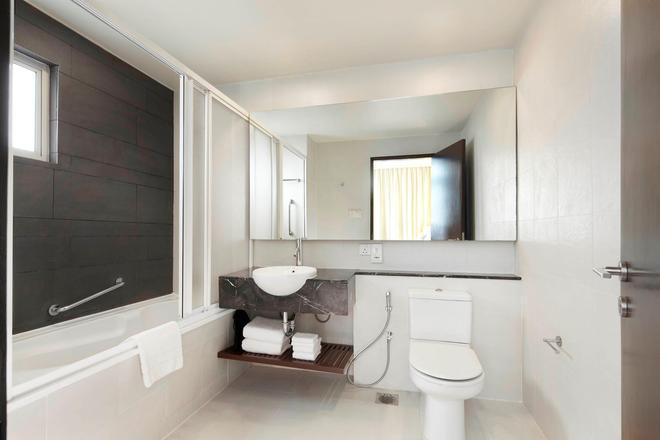 PARKROYAL Serviced Suites Kuala Lumpur - Kuala Lumpur - Bathroom