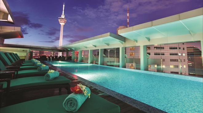 PARKROYAL Serviced Suites Kuala Lumpur - Kuala Lumpur - Pool