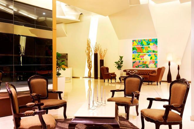 PARKROYAL Serviced Suites Kuala Lumpur - Kuala Lumpur - Lobby