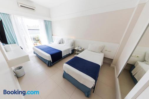 The Falls Hotel - Guarujá - Bedroom