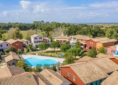 Madame Vacances Residence Les Rives Marines - Le Teich - Piscina