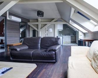 Hotel Bristol Reims - Reims - Living room