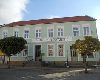 Hotel Ratsstuben Kalbe - Kalbe - Gebäude