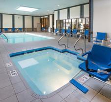 Holiday Inn Hotel & Suites Cincinnati - Eastgate, An Ihg Hotel
