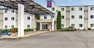 Motel 6 Roseburg - Roseburg - Edificio