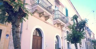 B&B Re Umberto - Milazzo - Building