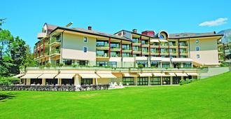 Hotel & Spa Vacances Bleues Villa Marlioz - Αιξ-λε-Μπαιν