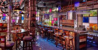 W22 By Burasari - Bangkok - Bar