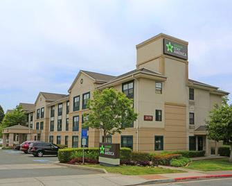 Extended Stay America - Richmond - Hilltop Mall - Richmond - Building