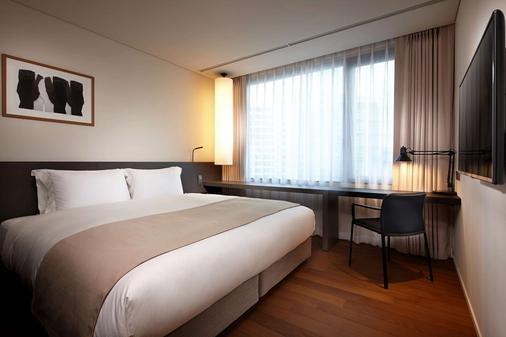 Shilla Stay Mapo - Seoul - Phòng ngủ