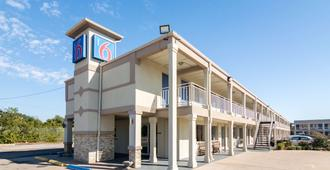 Motel 6 Wichita Falls - North - Wichita Falls - Building