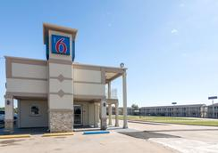 Motel 6 Wichita Falls North - Wichita Falls - Toà nhà