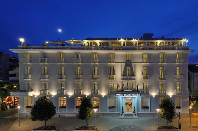 Hotel Italia Palace - Lignano Sabbiadoro - Toà nhà