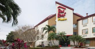 Red Roof Inn Plus+ West Palm Beach - West Palm Beach - Building