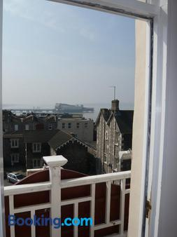 Queenswood Hotel - Weston-super-Mare - Balcony