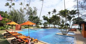Viva Vacation Resort - קו סאמוי - בריכה