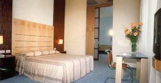 هوتل جراند إيطاليا - بادويا - غرفة نوم