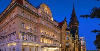 Hotel Fuerstenhof Leipzig - לייפציג - בניין