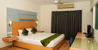 Treebo Trend Oyster Suites - Hyderabad - Habitación