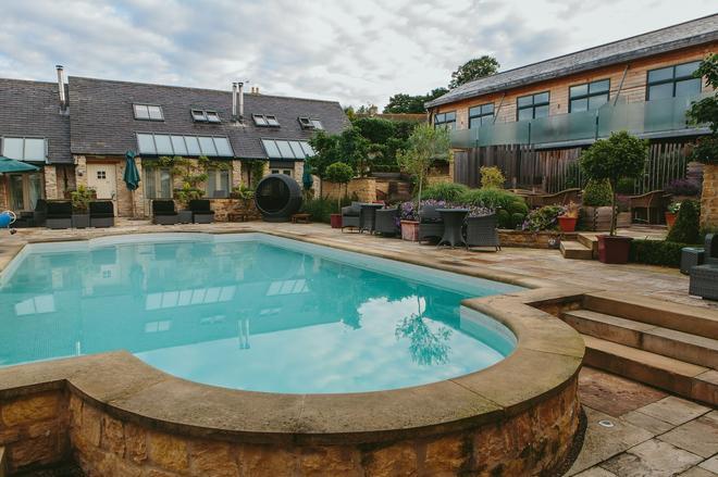 Feversham Arms Hotel & Verbena Spa - York - Pool