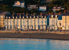 Gwesty'r Marine Hotel & Spa - Aberystwyth - Κτίριο