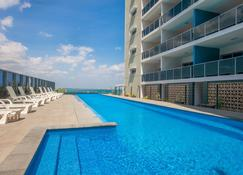 Ramada Suites by Wyndham Zen Quarter Darwin - Darwin - Pool