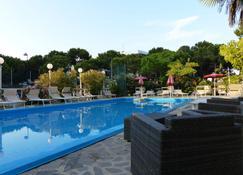 Hotel Franca - Milano Marittima - Pool