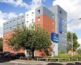 TL Bolton Central River Street - Bolton - Edificio