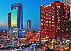 Grand Continent International Hotel - Dalian - Widok na zewnątrz