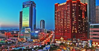 Grand Continent International Hotel - דאליין - נוף חיצוני