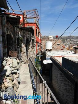 La Lotería Panoramic House & Rooftop by Lunian - Guanajuato - Building