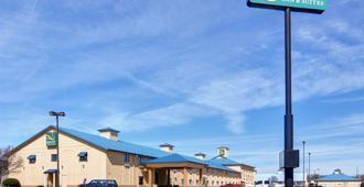 Quality Inn and Suites Wichita Falls I-44 - וויצ'יטה פולס