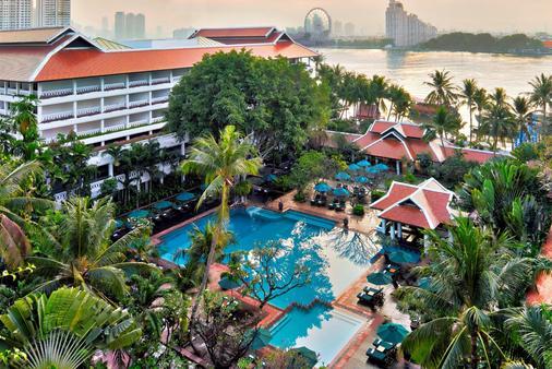 Anantara Riverside Bangkok Resort - Bangkok - Building