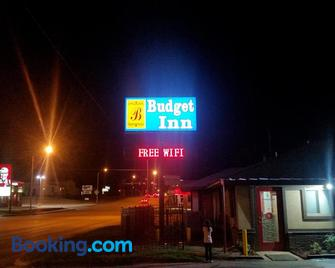 Budget Inn - Chickasha - Building