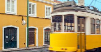 Alcantara 65 Riverside - Lisbon - Building